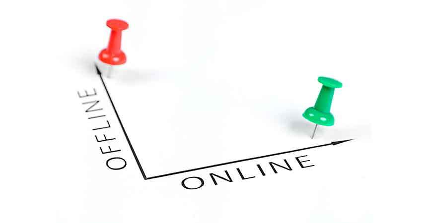 Online Versus Offline Auctions—It's Not an Either-Or Question