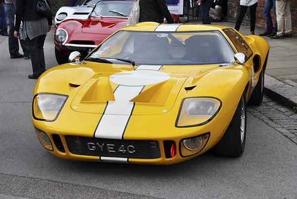 shutterstock_84223714-ford-gt-40-article