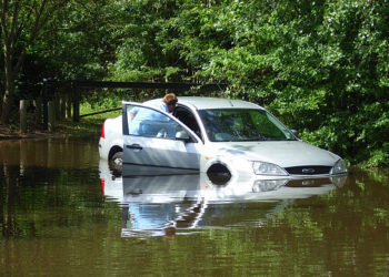 Beyond the Basic: Additional Tips to Help you Spot Flood Damaged Cars